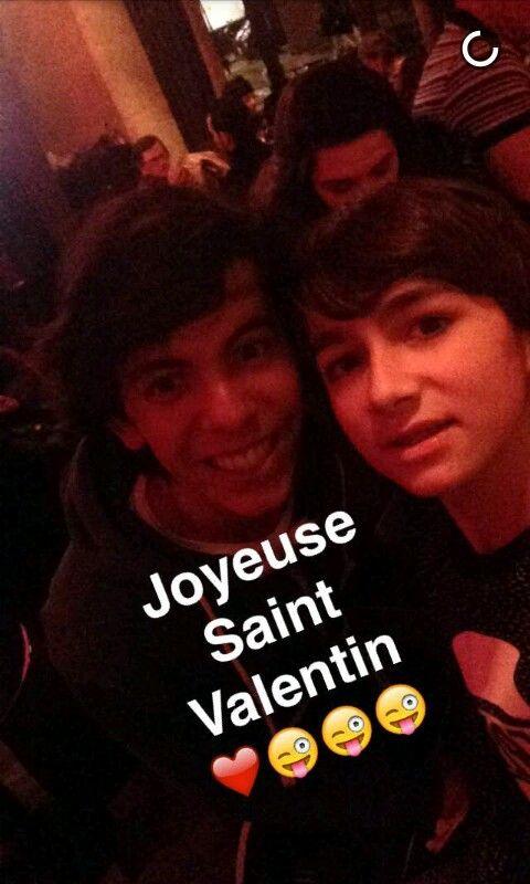 Very Cute Couple Wallpaper Diego Et Esteban Sur Snapchat Kids United Esteban