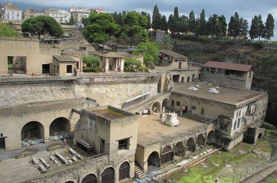 """""""Villa dei Papiri"""": tesoro inestimabile di Ercolano!!!:"""