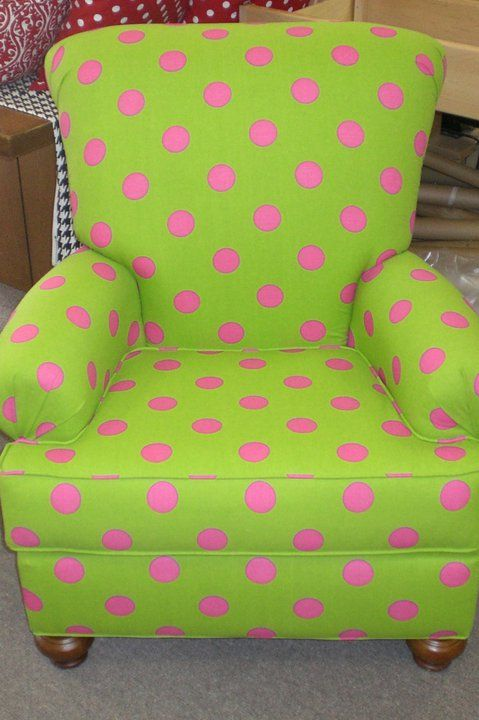 pink & green chair! Perfect for a little girls room