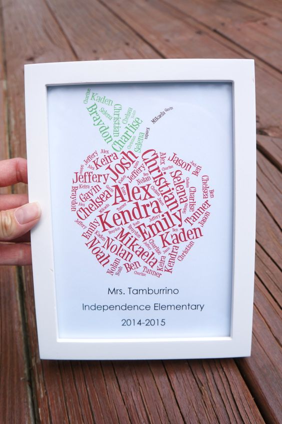 Apple Themed Teacher Gifts   Free Printables:
