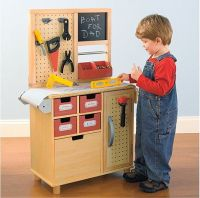 One Step Ahead Workbench   A well, Toys and Mom