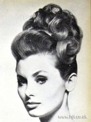 updo 1960s and curls