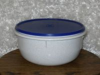Mixing bowls, Flats and Tupperware on Pinterest