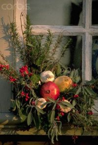 Colonial williamsburg, Colonial and Christmas decorations ...