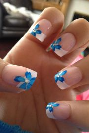 blue flowers wedding nails