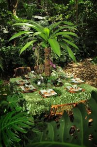 Wedding Reception Ideas: Tropical Rainforest | Tablecloths ...
