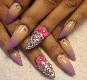 nail art design stiletto