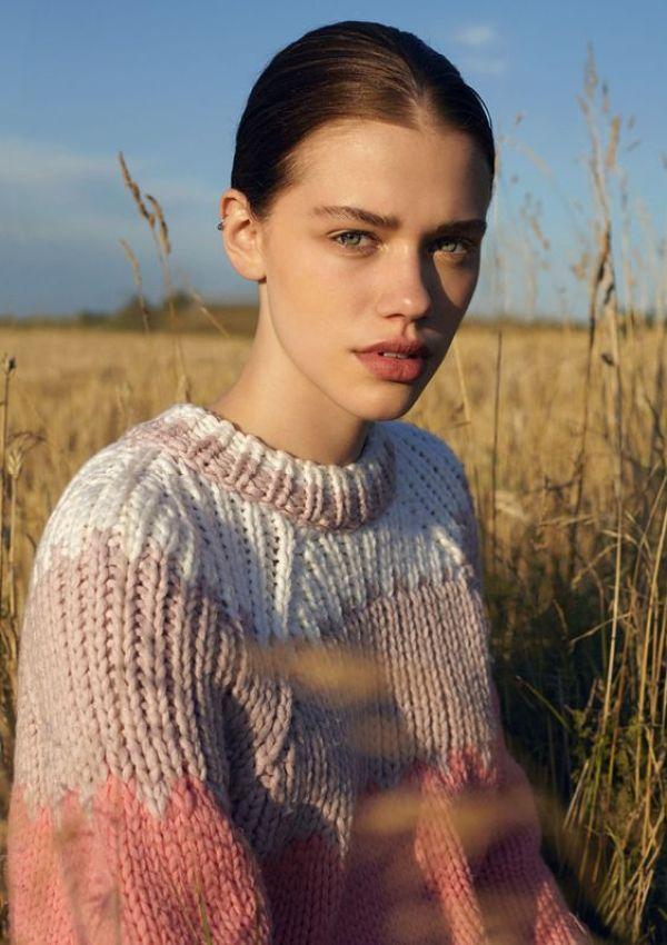 knitGrandeur: From Blue to Pink...