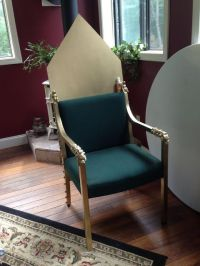 DIY Royal Throne prop. Easy and under $25, including chair ...
