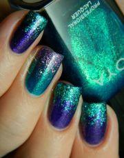 glitter sparkly nails