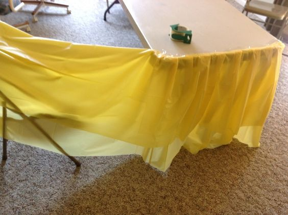 DIY ruffle table skirt with cheap 97 plastic table cloths