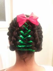 green ribbon hair design