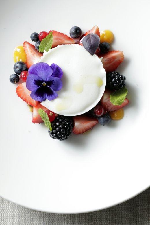 Yogurt, fermenti lattici e addome piatto