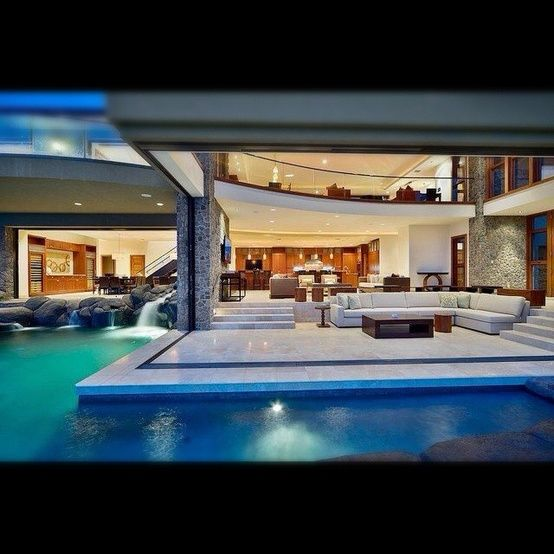 Swimming pool in your living room Seriouslyi want that