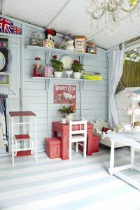 Heart Handmade UK: A Shabby Chic Craft Shed