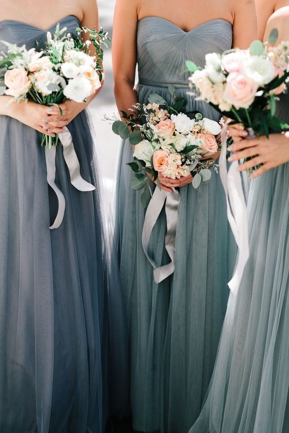 How to Be a Better Bridesmaid #theeverygirl: