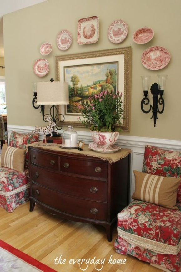 A Southern Home Tour at The Everyday Home ....... love the color of the walls! And, the chairs ........ my favorite fabric!: