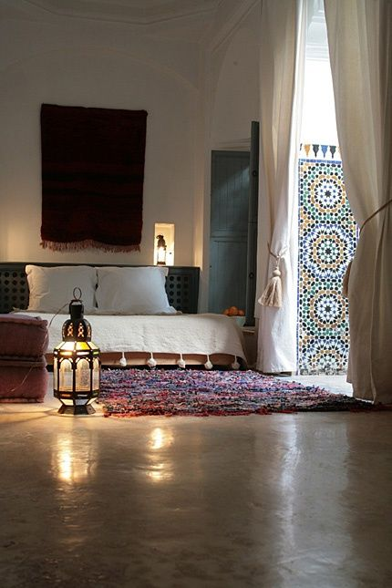 Relaxed Moroccan Bedroom With A Tribal Rug And Some Gorgeous Zellij Tiling Moroccan Bedroom