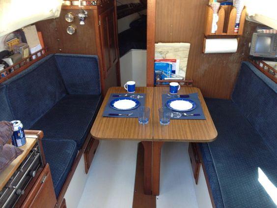 27 Foot Catalina Sailboat Interior Head