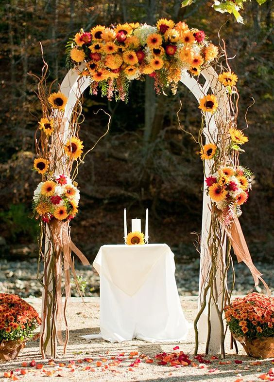Looking for some inspiration for your autumn wedding? From décor ideas to fabulous food we're sharing ten ideas that will blow your guests away! Take a look at our favorite ways to include the season in your celebration: 1. LeavesThere are few things as spectacular to see as fall foliage. So why not: