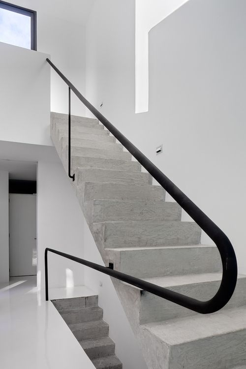 Galería De Lisboa 7 At 103 1 Stairs | Steel Handrails For Concrete Steps