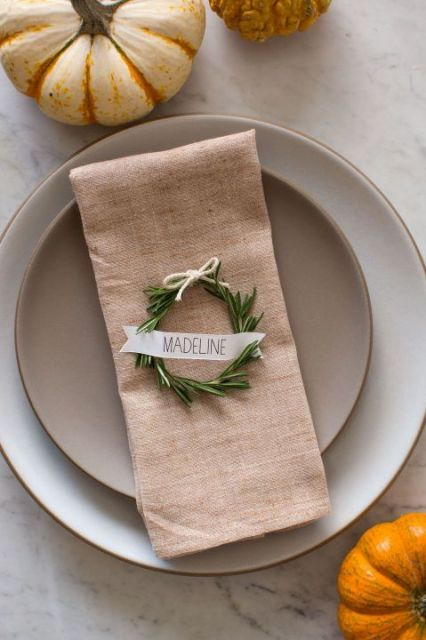 These perfectly circular wreaths will give your Thanksgiving table an elegant touch.  Get the tutorial at Spoon Fork Bacon.: