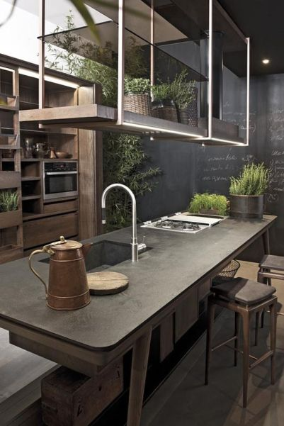 Kitchen decorated with plants Stone & Living - Immobilier de prestige - Résidentiel & Investissement // Stone & Living - Prestige estate agency - Residential & Investment www.stoneandliving.com