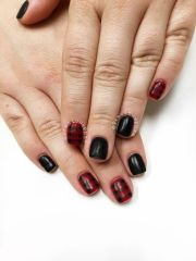 red and black nails. plaid