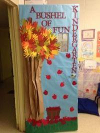 Apple / Fall classroom door decorations | Bulletin Board ...