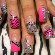 nails die