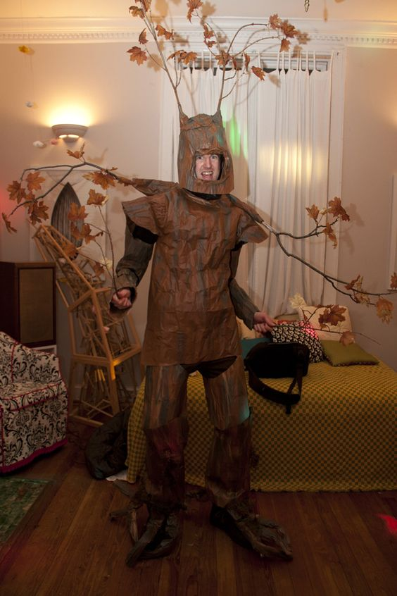 Amazing Tree Costume Annoying Wear
