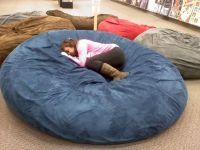 Huge pillow bed! At galleria mall! Best thing ever! | LET ...
