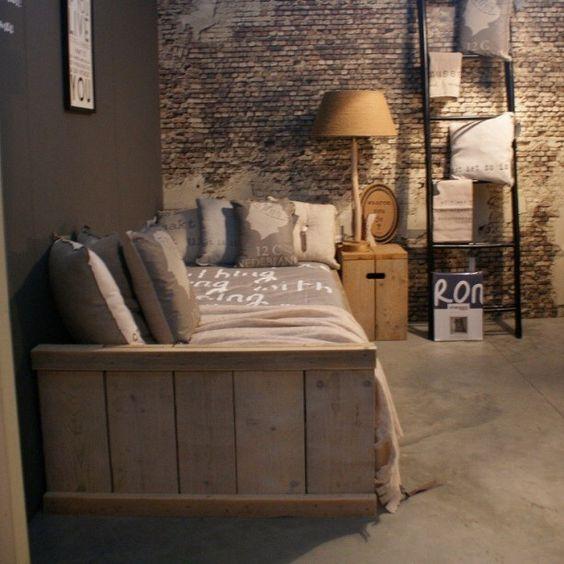 Stoere jongens slaapkamer  Steigerhouten meubels