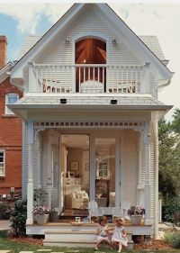 Lovely Victorian tiny house small home shabby chic balcony ...