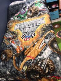 Monster Jam comforter | Monster truck room | Pinterest ...
