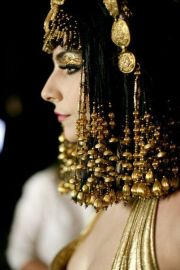 avant garde cleopatra and gold