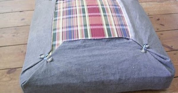 quick upholstery idea  Love this How easy would this be to change seasonally or to wash