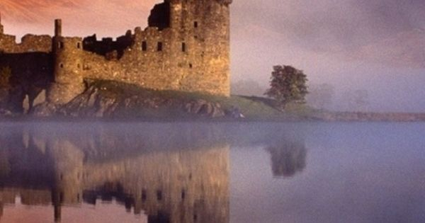 Kilchurn Castle Ruins On Loch Awe Argyll And Bute