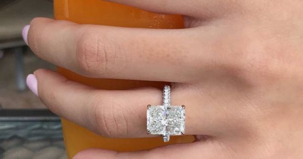 Catherine Paiz engagement ring  Engagement Rings