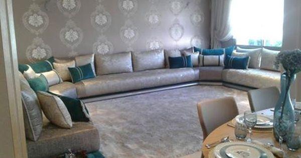 Un trs beau salon marocain moderne gris bleu turquois par larchitecte dintrieur Nesdesign