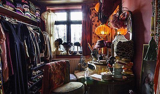 Nice bohoglam dressing room  Charmed Spaces  Pinterest