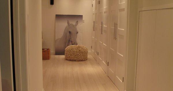 Licht laminaat witte muren en spotjes  Laminaat  Pinterest