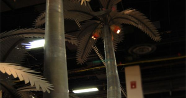 Metal Palm Tree With Coconut Lights