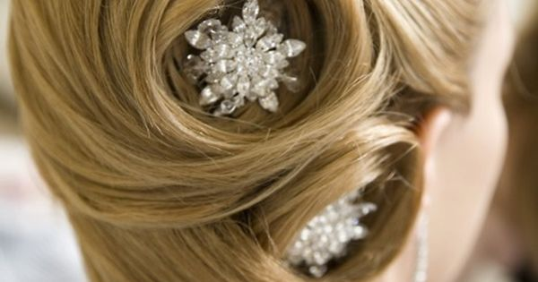 Incredibly Classy Wedding Hairstyleupdo With Diamond Star