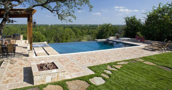 Infinity Pool In New Braunfels Texas Patio Pool