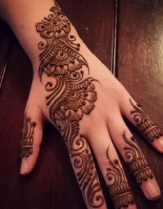 Back hand design also pin by aradhna on mehendi pinterest hennas mehndi and rh