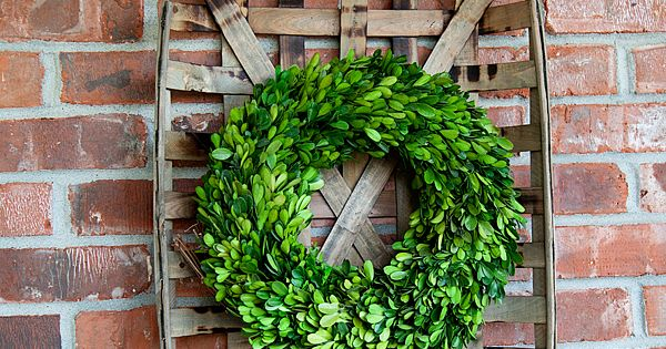 Friday Favorites Tobacco Basket Wreaths And Decorating