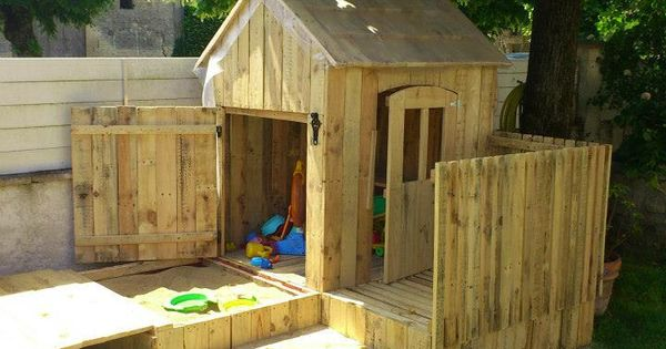90 Incredible Wood Projects Pallet Playhouse Playhouses