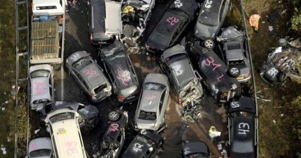Three Dead In 52 Car Autobahn Collision In Germany Car