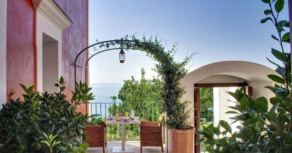 Tuscan Style Frontyard Ideas